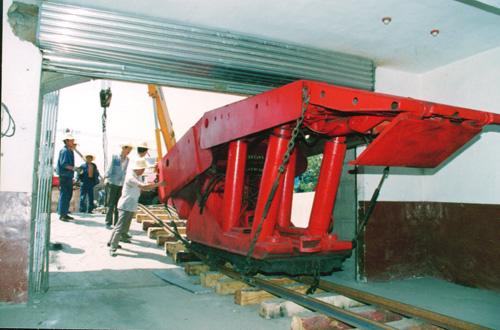 1992年6月,模拟矿井建设现场
