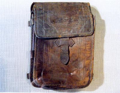 矿工游击队的公文包
