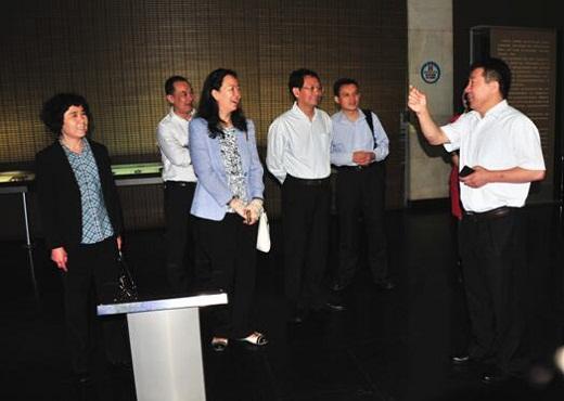 外交部外交外事知识培训组一行到我馆考察