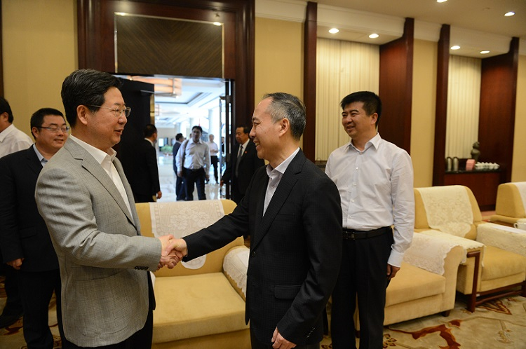 楼阳生省长接见中国保利集团张振高总经理